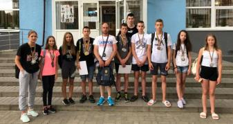 Ковельські школярі здобули медалі на обласних змаганнях з плавання
