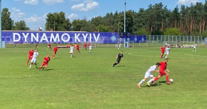 """НК """"Верес"""" U-19 в грі проти однолітків """"Динамо"""""""