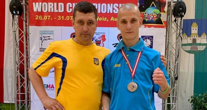 Вихованець Ковельської школи кікбоксингу Роман Вдовиченко успішно виступив на чемпіонаті світу