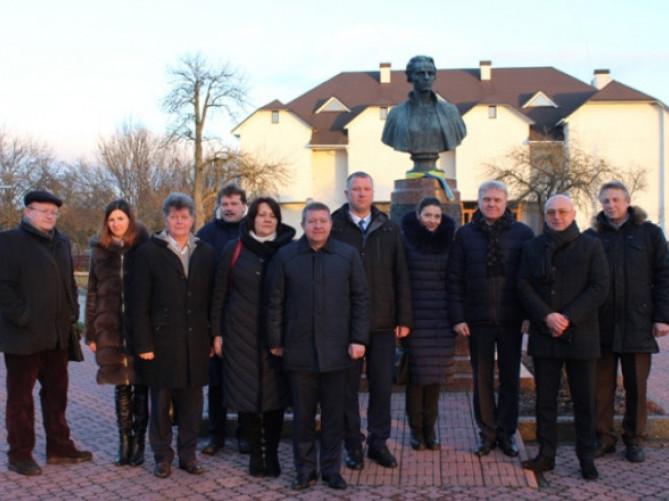 У Колодяжному відреконструюють музей Лесі Українки