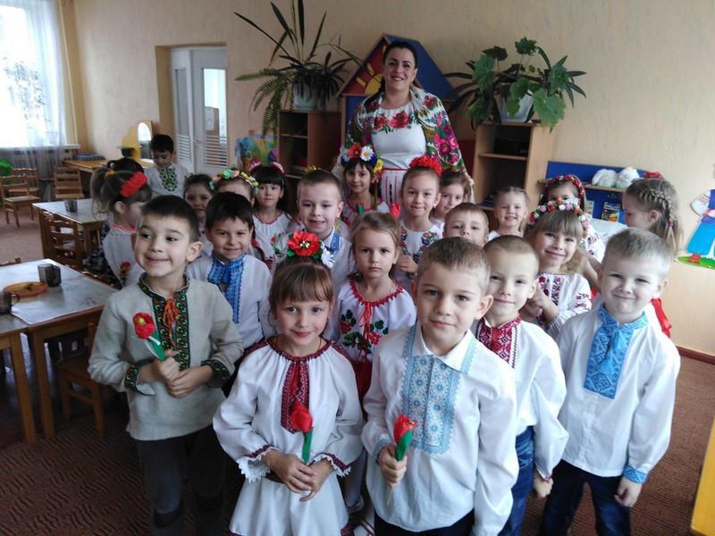 У ковельському дитсадку провели зиму і зустріли весну за народними традиціями