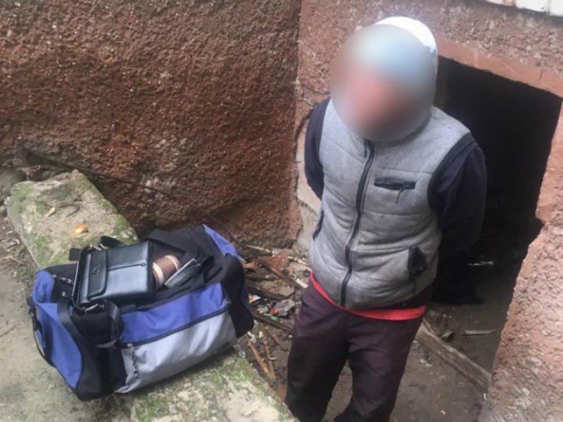 У Ковелі патрульні затримали крадія сумки