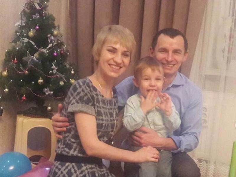 Молода мама з Острожчини просить допомогти здолати хворобу