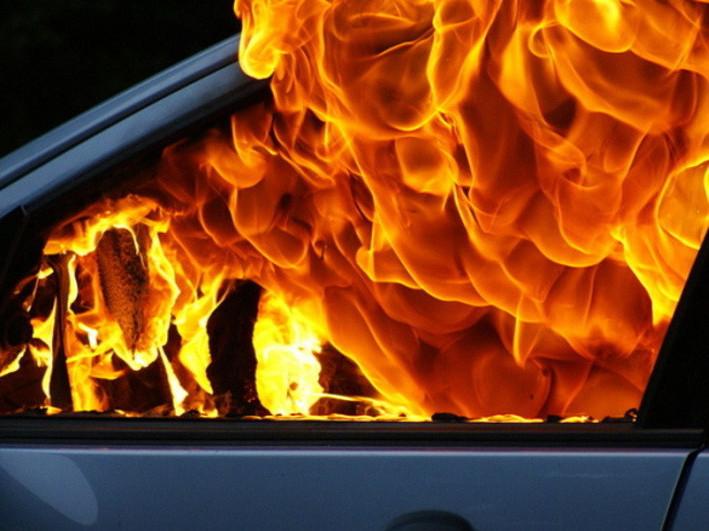 У Ковелі на території поліції горіли чотири автомобілі / Фото ілюстративне
