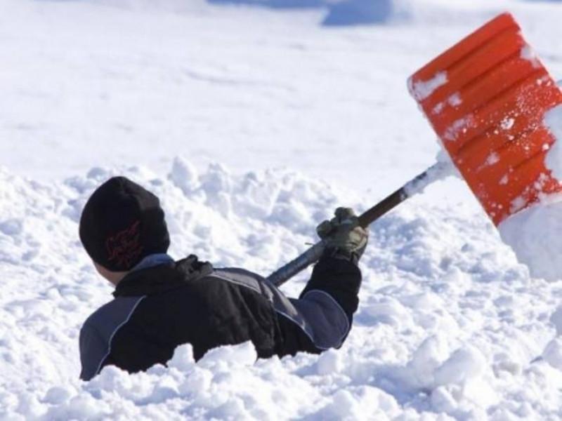 У березні на прибирання снігу з міського бюджету списали понад 260 тисяч гривень  / Фото ілюстративне