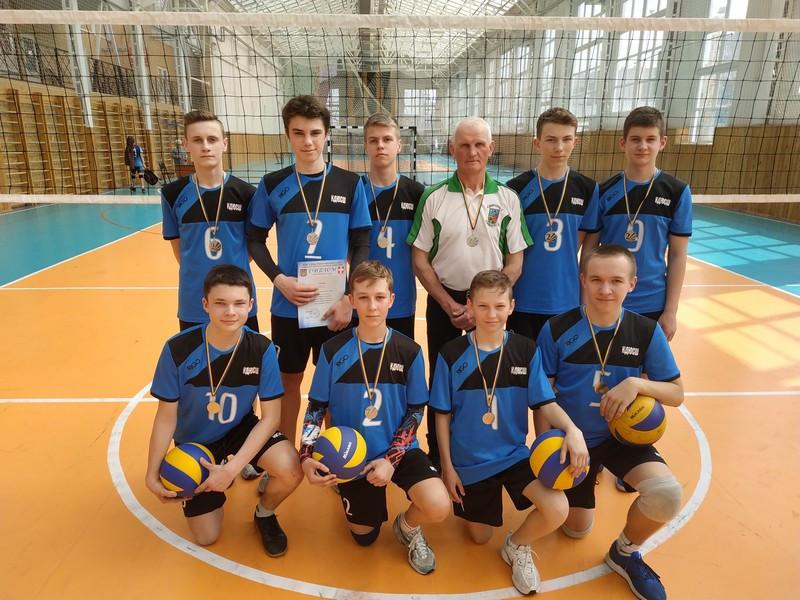 Юні ковельські волейболісти стали «срібними» призерами чемпіонату Волині