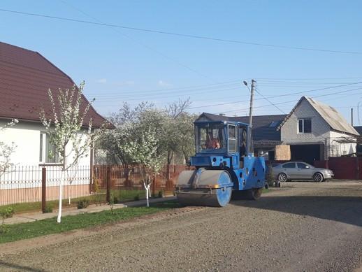 На вулицях другого Ковеля ремонтують дороги