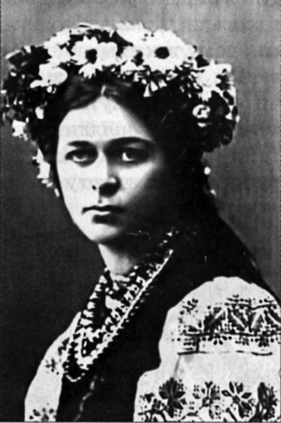 канны ежегодно биография леси украинки фото завитки часто портят