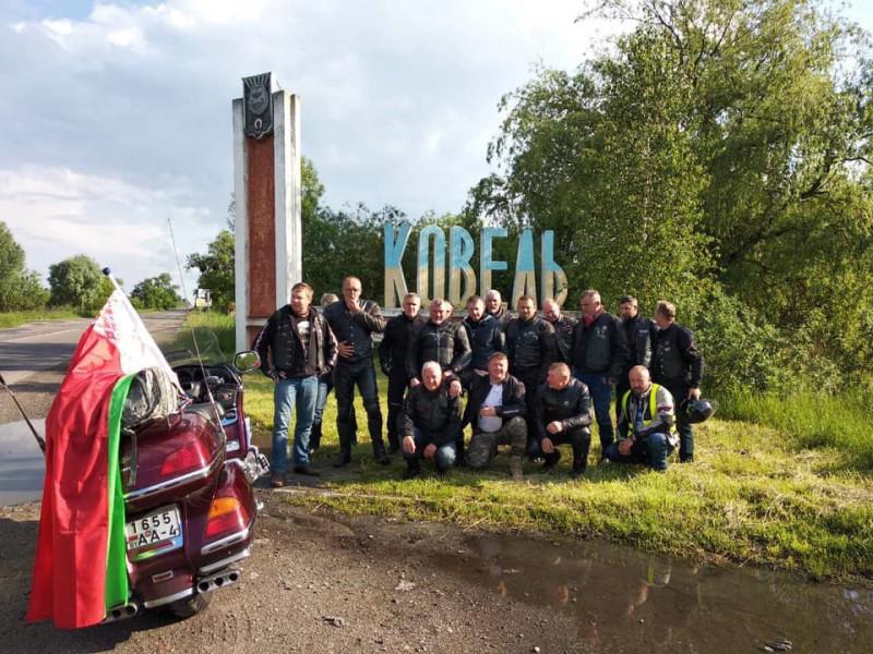 Польські та білоруські байкери оглянули ковельський «Локомотив»