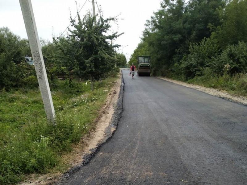 У Люблинці і селі Старі Кошари ремонтують дороги
