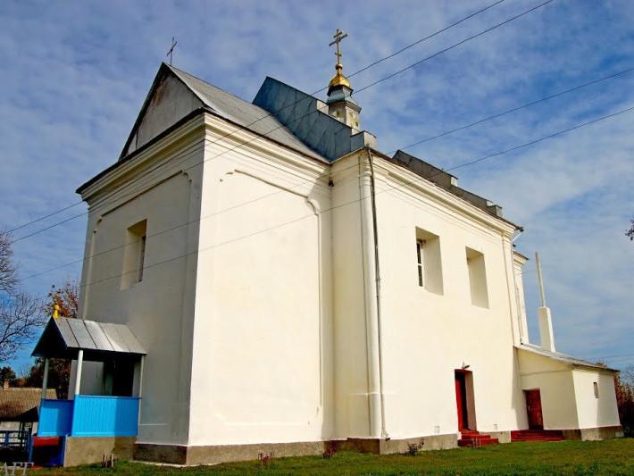 Храм у селі Доротище