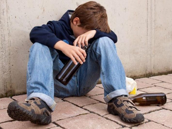 У Ковелі поліція затримала семикласника гімназії за розпиттям спиртного / Фото ілюстративне