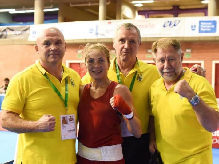 Тетяна Коб здобула перемогу у стартовому бою на чемпіонаті Європи