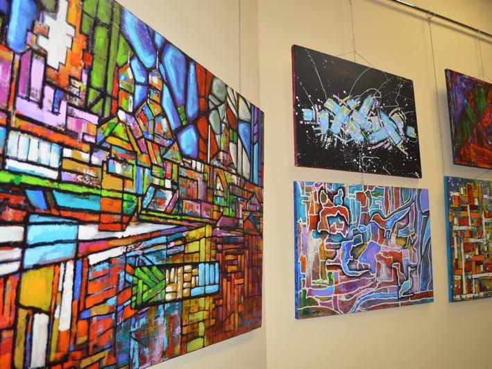 У Ковелі діє виставка картин Василя Королюка