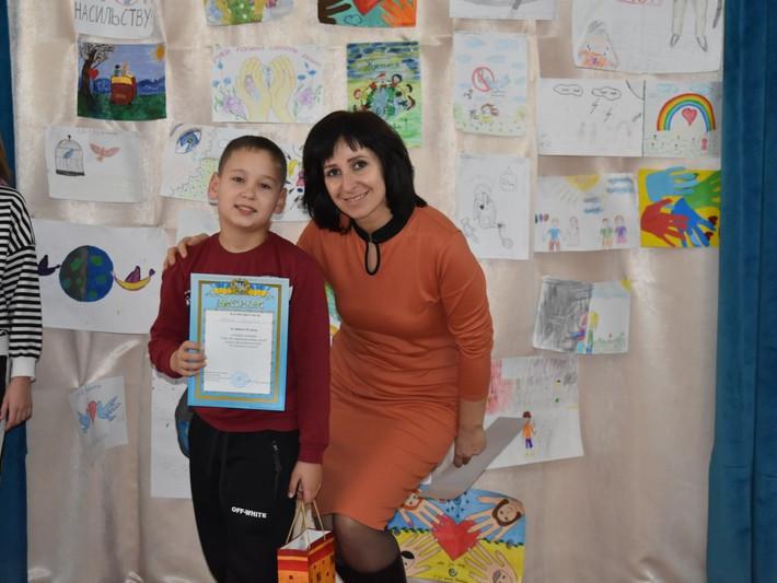 У Ковелі відбувся конкурс малюнків «Світ без насильства очима дітей»