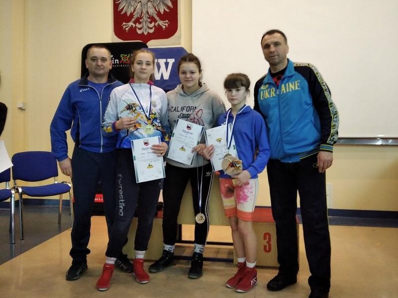 Юні ковельські борчині здобули перемоги у польському Любліні