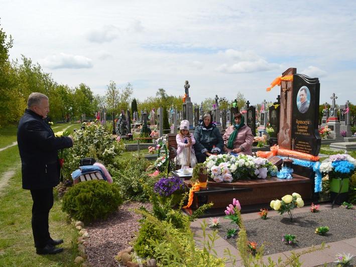 У Ковелі вшанували загиблого у Волновасі Олександра Артемука