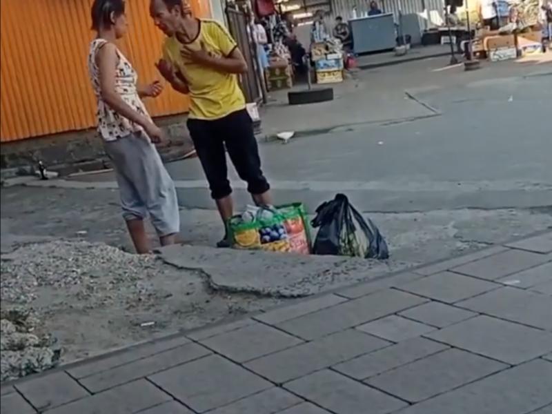 У Ковелі на Привокзальній площі чоловік побив жінку