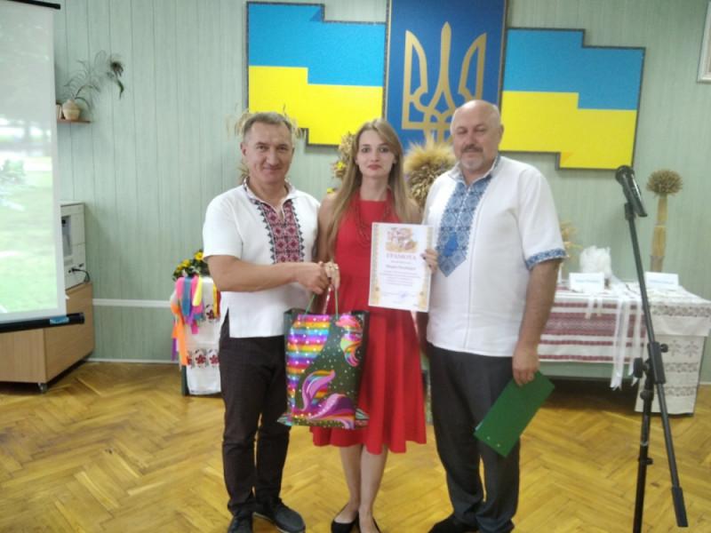 У Ковелі нагородили переможців конкурсу «Гуртом ниву зажнемо»