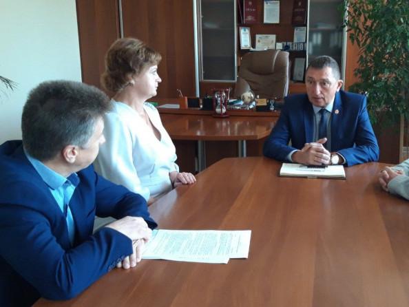У Ковелі підписали контракт з директоркою Центру професійного розвитку педагогічних працівників