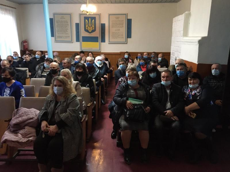 У Поворську новообрані депутати і сільська голова провели перше засідання