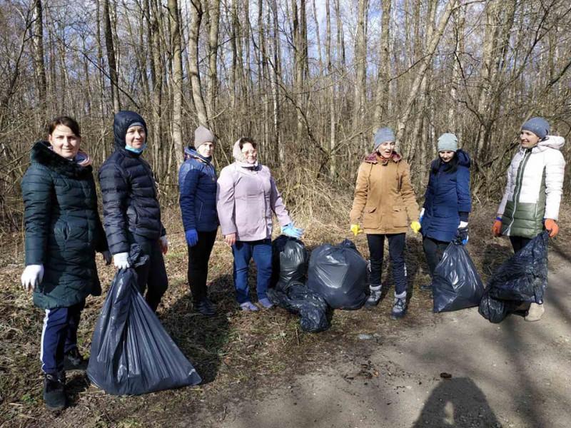 У Люблинецькій громаді влаштували толоку з прибирання