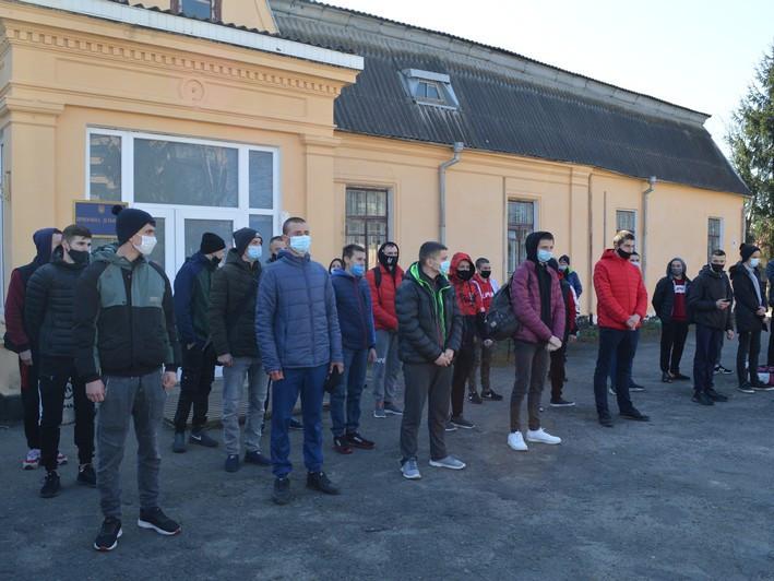 У Ковелі 28 юнаків провели в армію