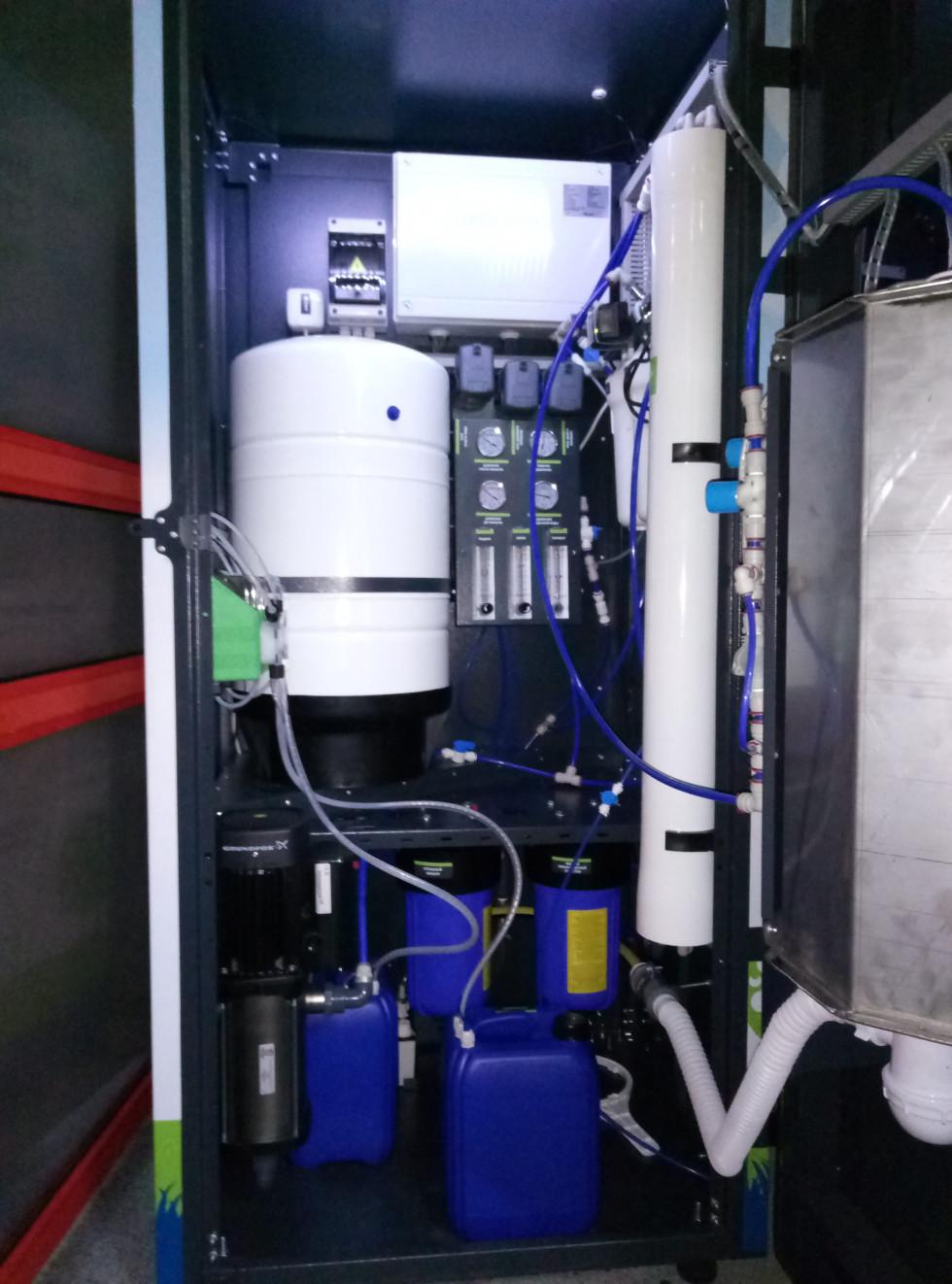 Апарати з розливу воду – це міні-завод, де вода проходить дев'ять ступенів очищення та збагачується корисними для людини мінералами