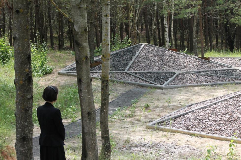 Меморіал на Бахівській горі, де загинуло 8000 людей