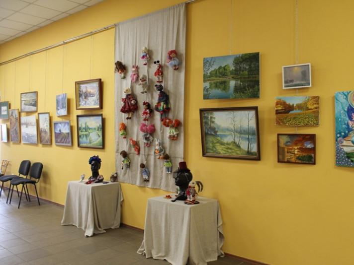 Виставка картин ковельських художників