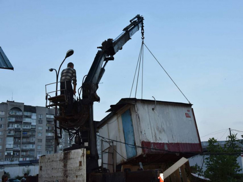 Олег Кіндер нагадав підлеглому про демонтаж у Ковелі трьох кіосків