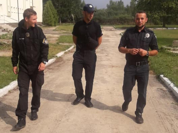 На Волині і люди привітніші, і порушники спокійніші, - враження патрульних зі Сходу України
