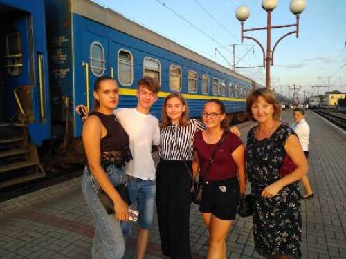 Саша Серков з однокласниками
