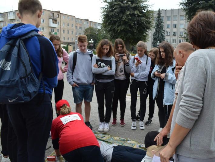 Молодь навчали надавати першу медичну допомогу при ДТП