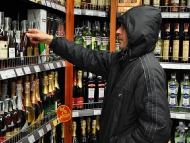 У Ковелі судили злодія, який крав елітний алкоголь у магазинах