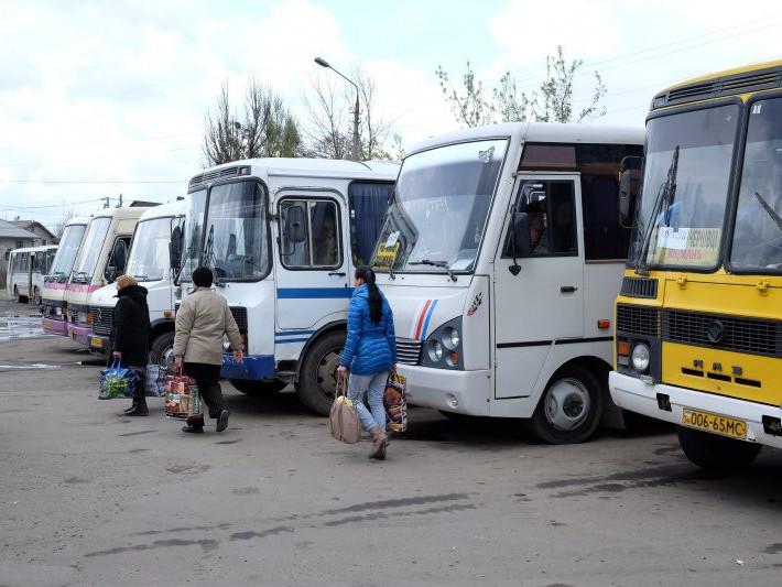 Міжміські автобуси не зупиняються у селі Гішин, – мешканці