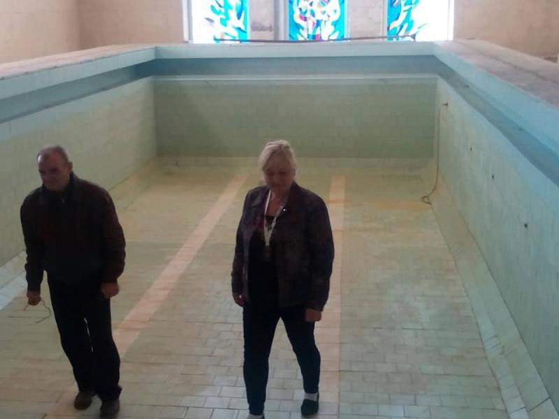 Ковельським депутатам пообіцяли, що в басейн напустять воду