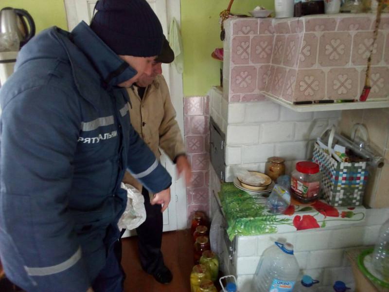 На Ковельщині рятувальники нагадали селянам правила безпеки в осінньо-зимовий період