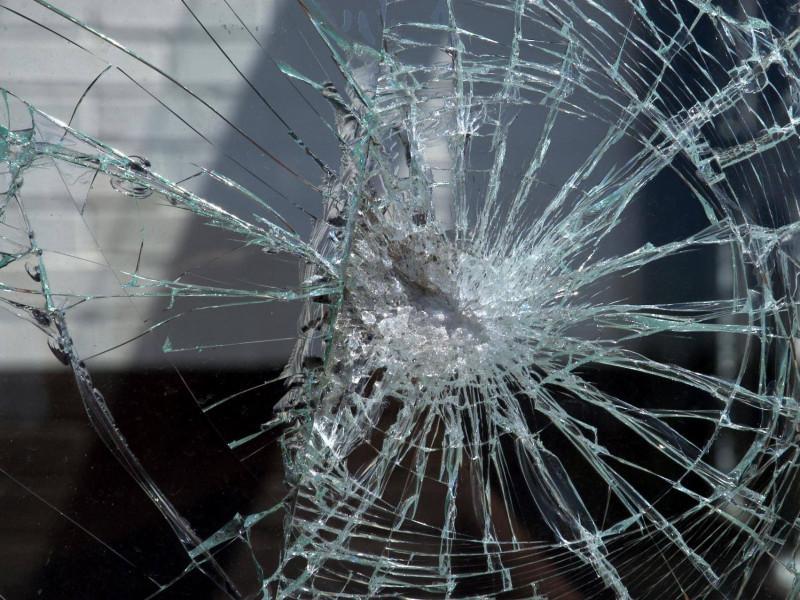 У Ковелі водій маршрутки руками і ногами побив чужу іномарку