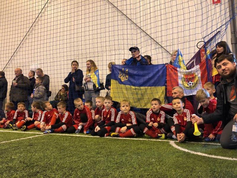 Юні ковельські футболісти провели перший матчі у Варшаві
