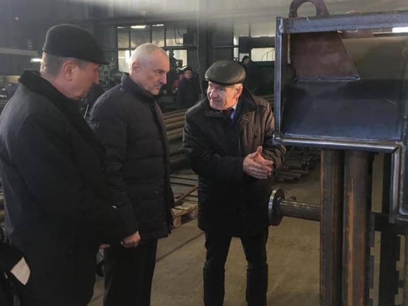Голова Волинської ОДА відвідав ковельське підприємство, що виготовляє твердопаливні котли