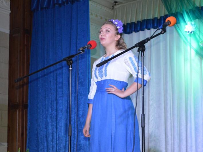 Ярослава Ярош з НВК №11 перемогла у міському конкурсі «Юна українка»