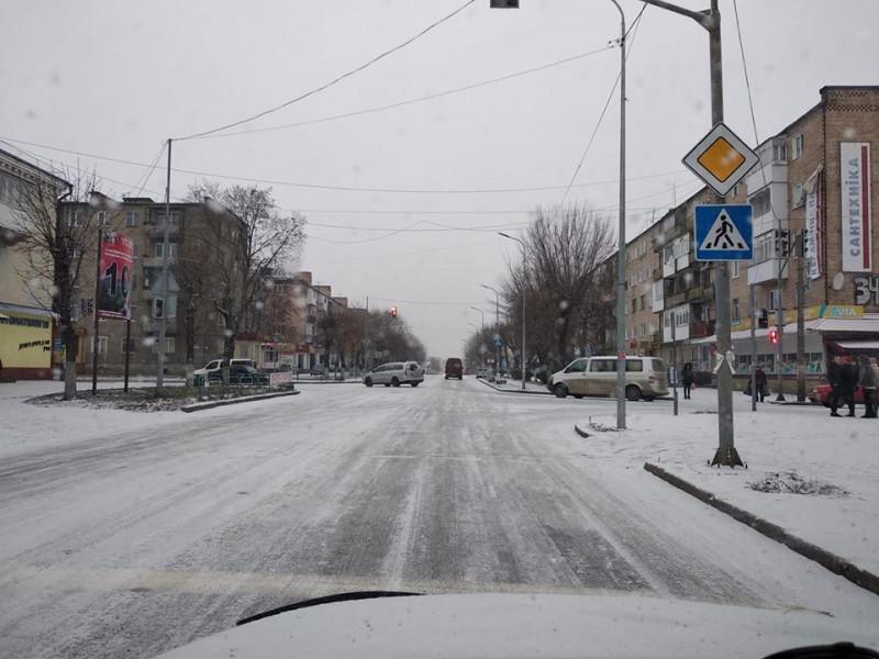 Несподівано почалась зима: у Ковелі не посипають дороги