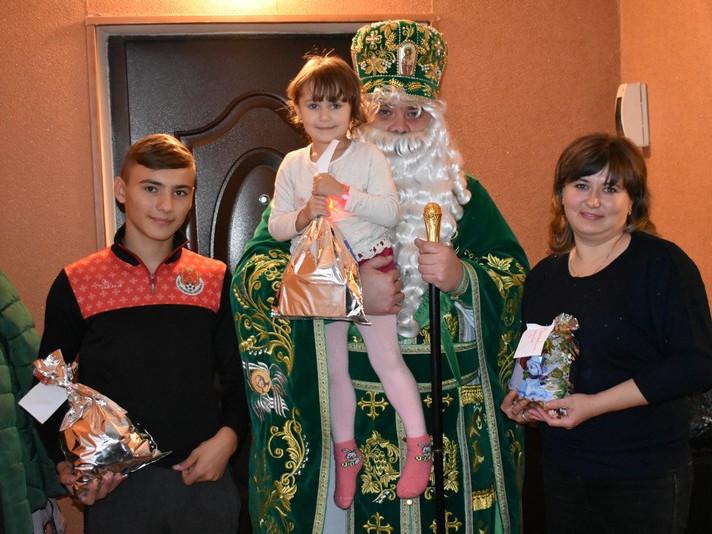Святий Миколай привітав родини загиблих учасників АТО