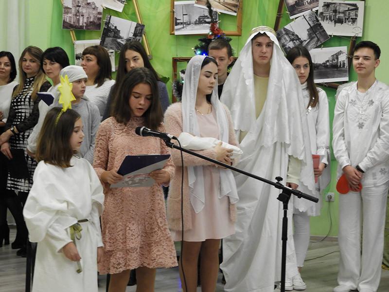 Учні польської школи у Ковелі представили вертеп