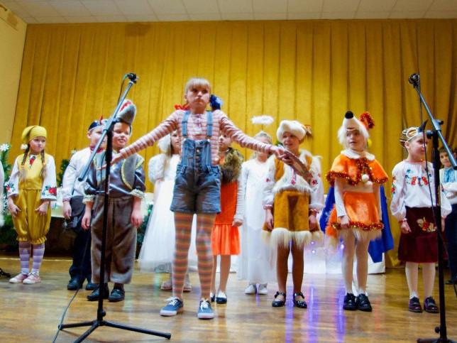 У Ковельській школі мистецтв відбулося свято до Дня Миколая