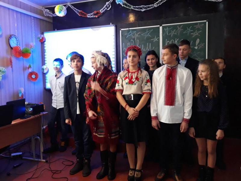У Підліській школі на Ковельщині відбулося новорічне свято