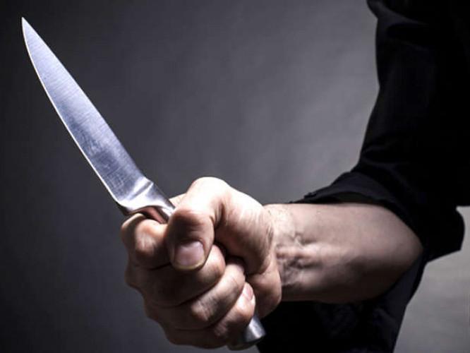 У Ковелі затримали чоловіка, який напав на перехожого з ножем
