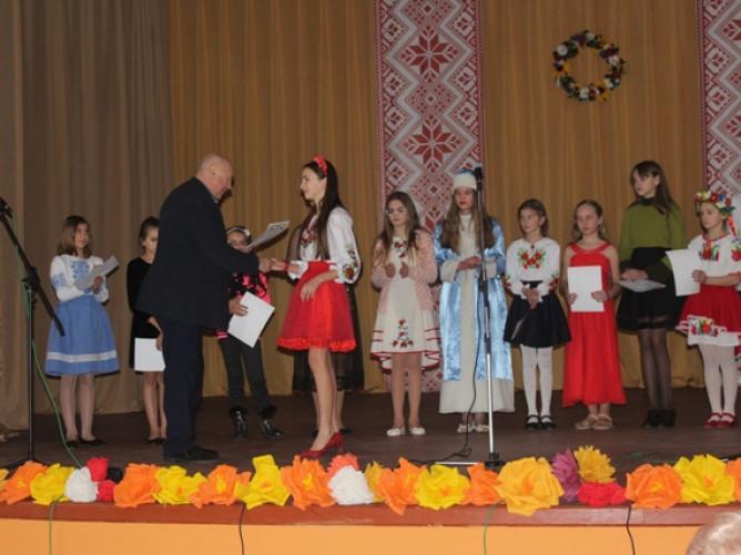 На Ковельщині відбувся районний пісенний конкурс «Срібні дзвіночки»