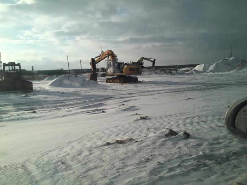 У селі Радошин розслідують факти незаконного видобування піску у кар'єрі